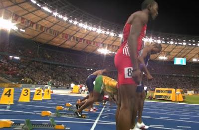 Salah satu upaya meningkatkan kualitas manusia adalah melalui pendidikan jasmani. Pendidikan jasmani bertujuan untuk mengembangkan kebugaran jasmani dan keterampilan berpikir psikis. Salah satu pendidikan jasmani yang dapat dengan mudah dilakukan dan dimanapun berada adalah dengan lari atau olahraga lari. Sekarang ini, lari tidak hanya rutinitas yang biasa-biasa saja. Melainkan olahraga ini, telah menjadi sebuah ajang kompetisi.  Dalam dunia olahraga, dikenal ada banyak sekali cabang olahraga antara lain atlektik. Cabang Atletik didalamnya terdapat salah satu olahraga Lari. Menurut Aip Syarifuddin (1992:2) bahwa definisi Atletik berasal dari Bahasa Yunani yakni Athlon yang berarti pertandingan, perlombaan, pergulatan atau perjuangan, sedangkan orang yang melakukannya dinamakan dengan Athleta (atlet).  Sedangkan pengertian Atlet dalam hal ini dikemukakan oleh Eddy Purnomo (2007:3) bahwa atlet adalah cabang olahraga yang paling tua dan merupakan induk dari semua cabang olahraga yang gerakannya merupakan ragam dan pola gerak dasar hidup manusia.  Sejarah Lari Sedangkan berbicara asal muasal atau sejarah lari tidak ada bukti tertulis secara otentik sejak kapan manusia berlari dan mengenal bahwa ini adalah berlari yang juga berlari dikenal sebagai prestasi atau untuk kebugaran. Akan tetapi, sejak manusia ada secara lahiriah atau telah pasti bahwa telah dapat berjalan dan juga berlari.