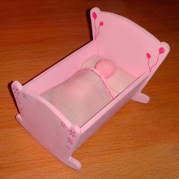 Maqueta personalizada regalo recién nacido cuna de bebe