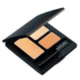 kogendoh concealer palette with 3 shades of concealer to hide imperfections