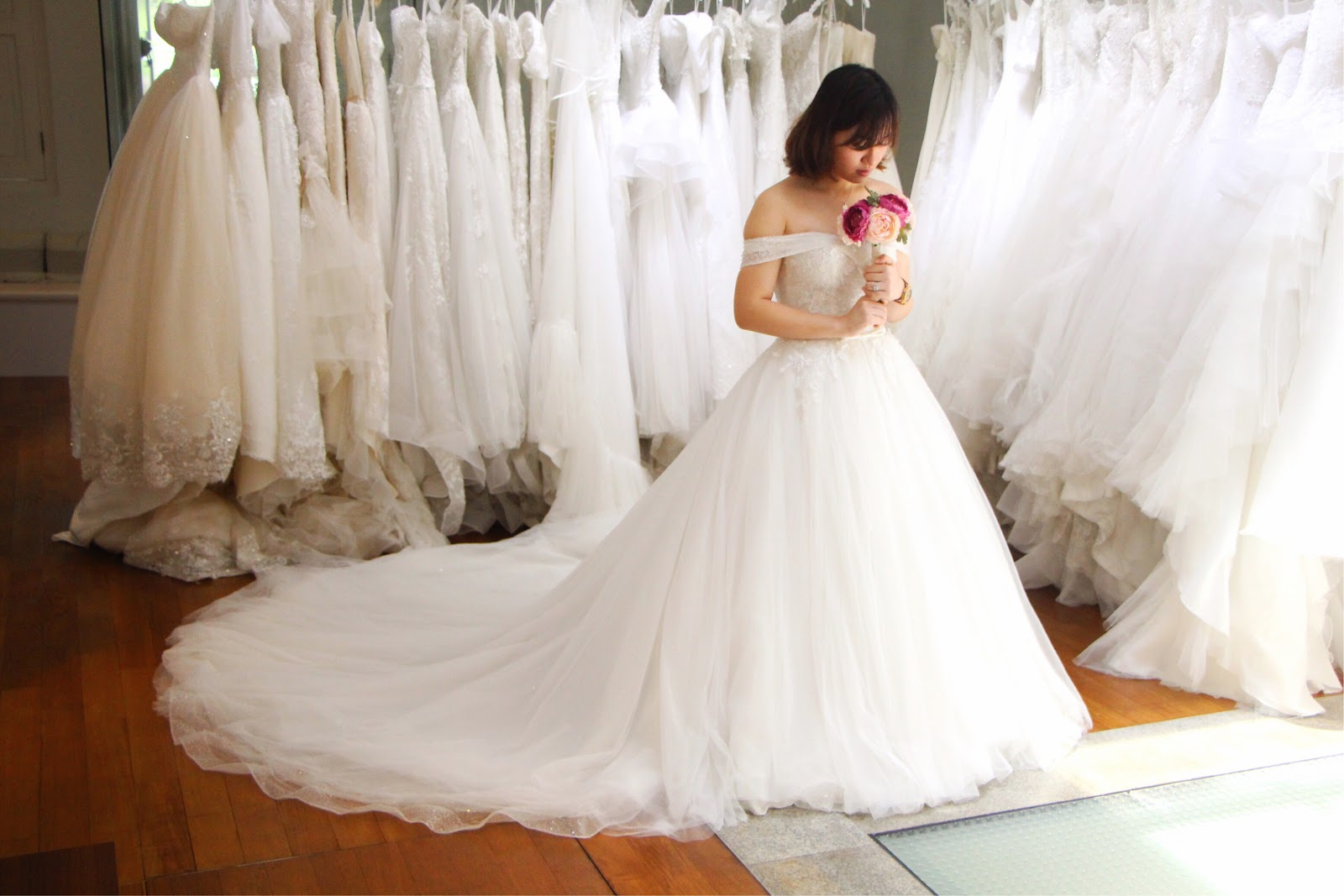 The Louvre Bridal: Romantic Wedding Gowns From Top Korean Bridal ...