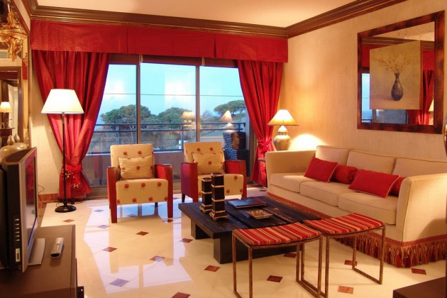 Sweet Red Curtain Ideas For Living Rooms! RR Interiors