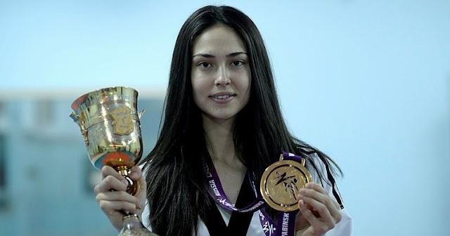 Taekwondo dalında ''Yılın Kadın Sporcusu'' ödülünü alan sporcumuz kimdir?