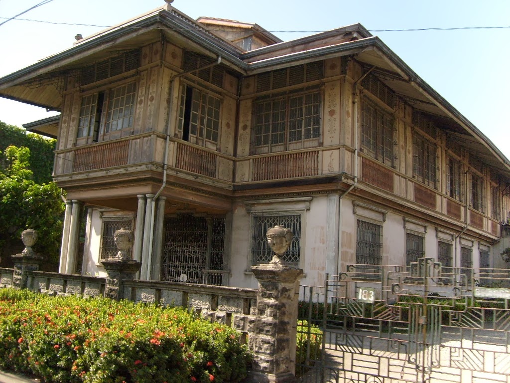 Philippines house for Beautiful classic houses