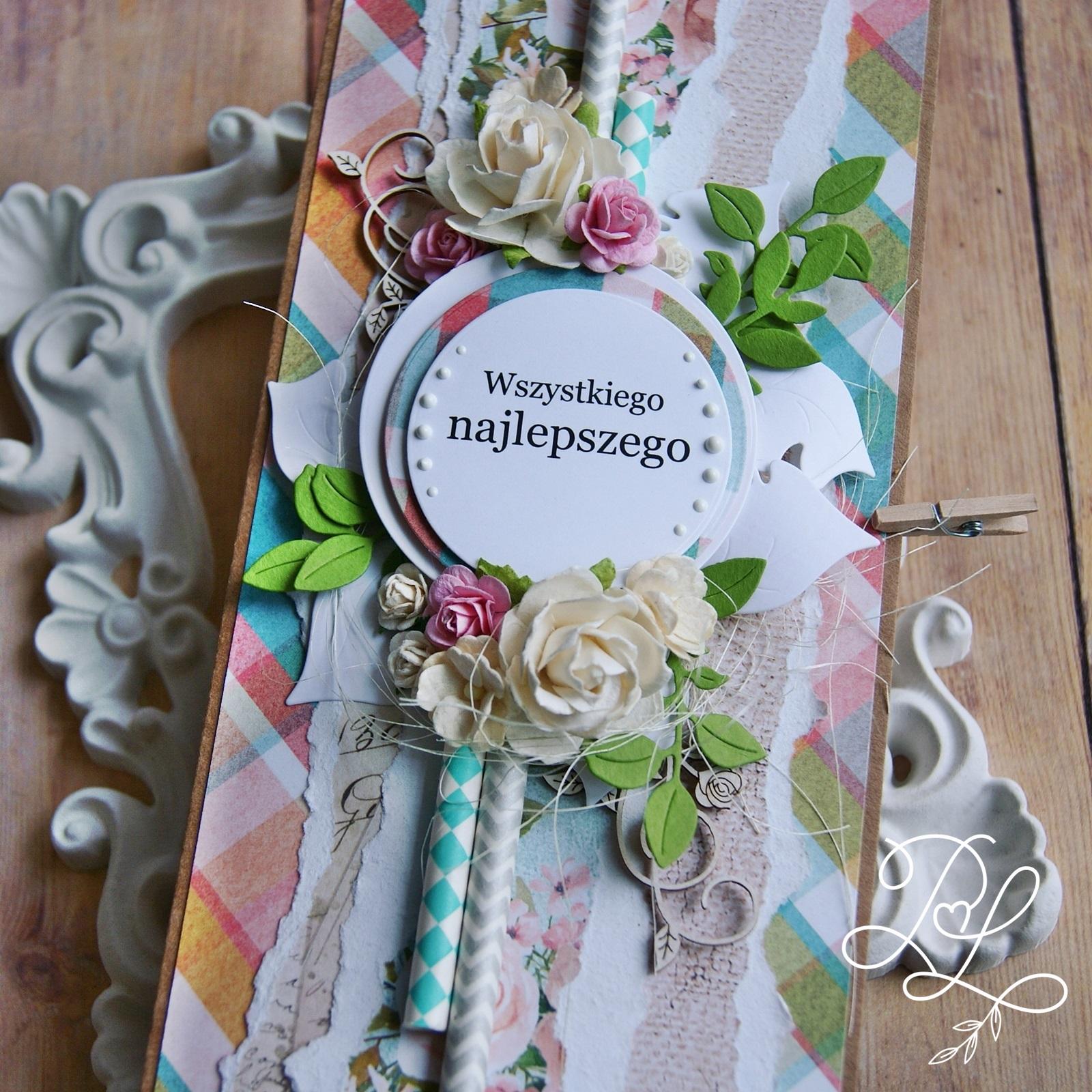 Warstwowa i ukwiecona kartka urodzinowa w Papierowe Love - sklepie papierniczym i pracowni rękodzieła w Siechnicach.