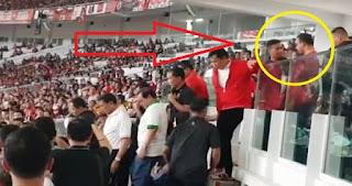 Viral Video Gubernur Anies Dihalangi Ikut Jokowi Naik Podium, Begini Kata Wakil Ketua DPR RI