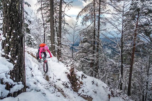 Bikebergsteigen im Winter