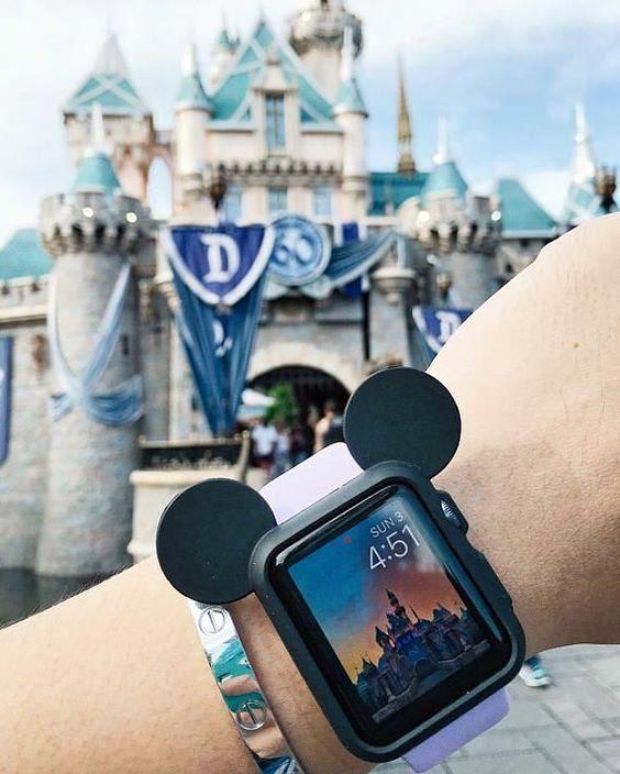 Jam tangan digital Apple kekinian yang keren