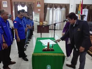 Sekretaris PWI Sulsel Lantik Pokja PWI dan IKWI Kabupaten Sinjai.