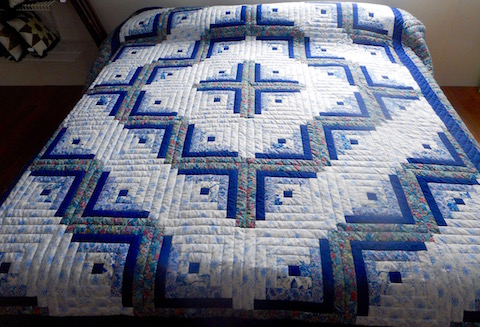 Barn Raising Log Cabin Quilt Free Pattern