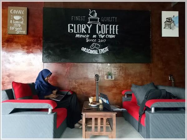 Glory Coffee Purwokerto: Ngopi Nyaman dan Produktif