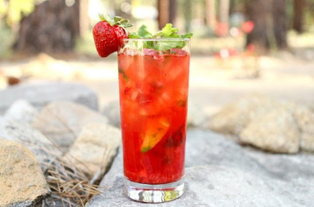 Strawberry Mojitos #cocktail #summerdrink