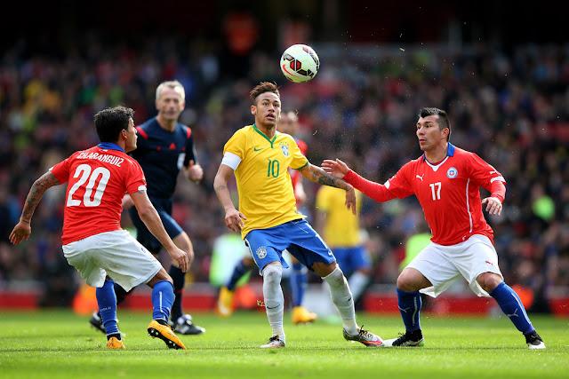 Brasil y Chile en partido amistoso, 29 de marzo de 2015