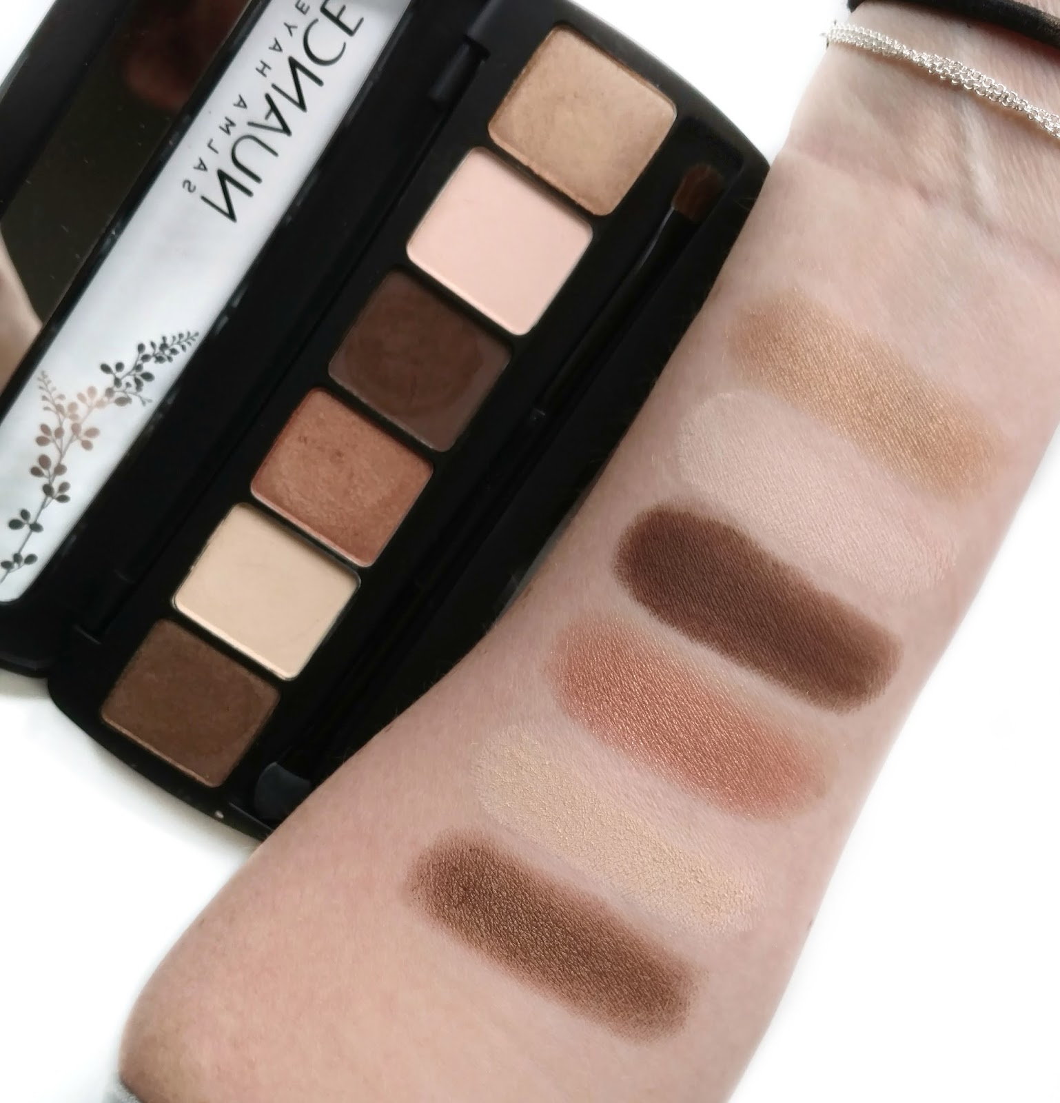 nuance salma hayek eyeshadow swatches