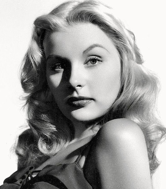 barbara payton actress, barbara payton actress photos, barbara payton and tom neal, barbara payton autobiography, barbara payton i'm not ashamed, Barbra Payton dated Black football player Willie Strode,