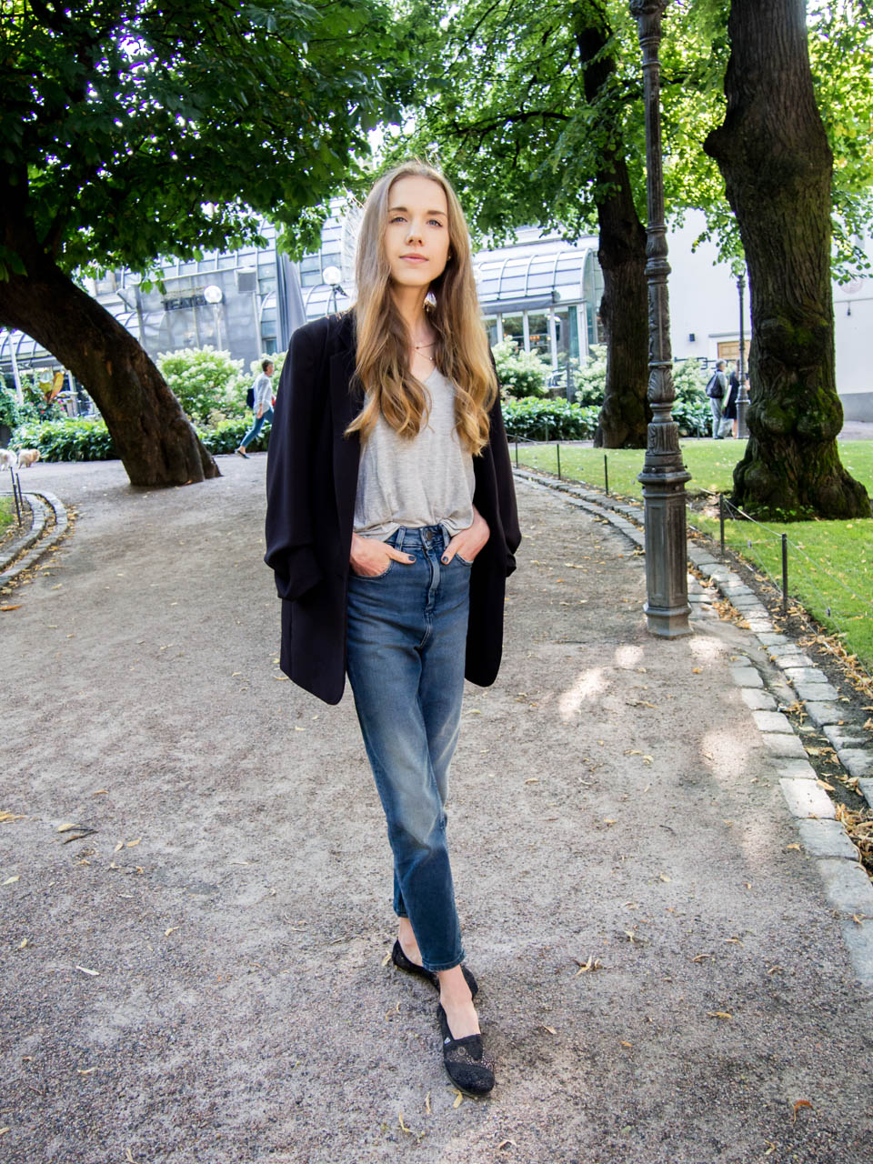 mom-jeans-and-blazer-autumn-outfit-fashion-blogger