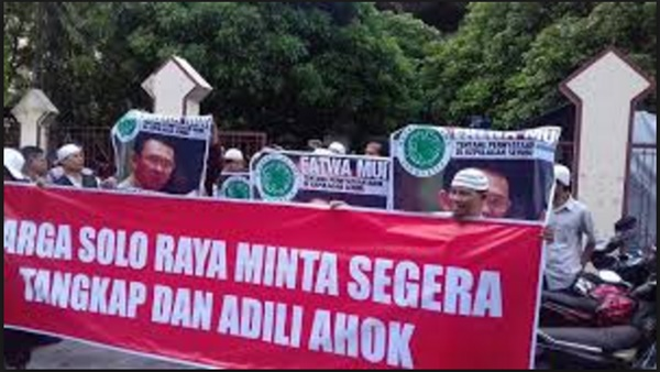 Lebih dari 50 Ribu Umat Islam Solo Direncanakan Ikut Aksi Bela Islam 2 Desember di Jakarta : Detikberita.co Terhangat Hari Ini