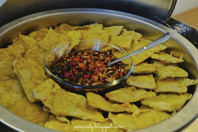 makanan di trizara resorts lembang