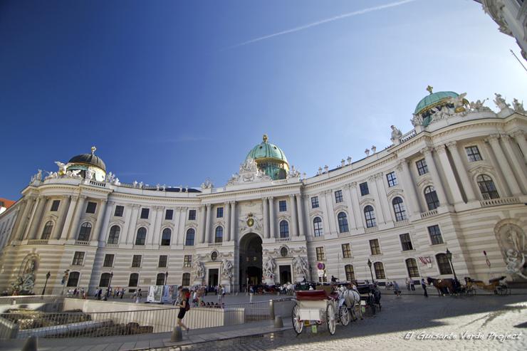 Palacio Imperial Hofburg - Viena por El Guisante Verde Project