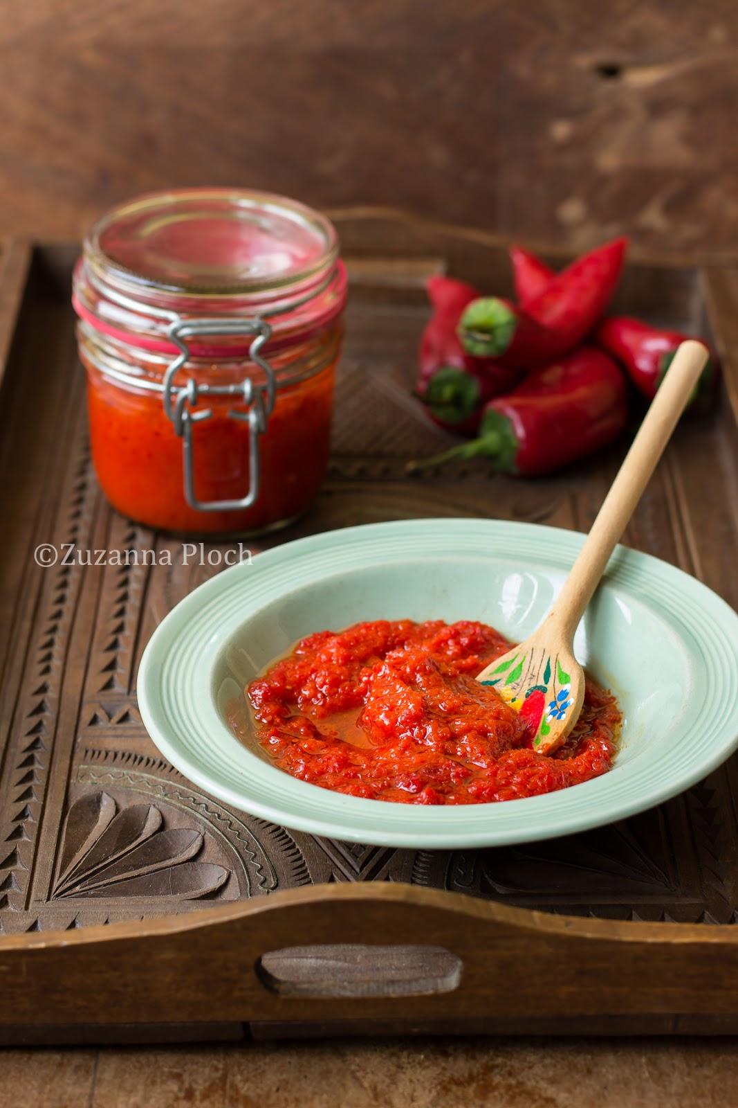 Turkish pepper paste - Food photography by Zuzanna Ploch, fotografia kulinarna