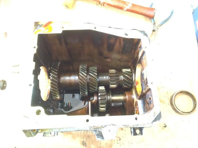 T4 Borg-Warner Transmission Rebuild (Disassembly) | 1983 CJ7