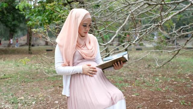 Ibu Hamil Tetap Sehat Saat Menjalankan Ibadah Puasa, Ikuti Tip-Tip Berikut!