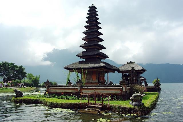 Mau Ke Bali? Simak Tips Berikut Ini Agar Liburan Lebih Aman