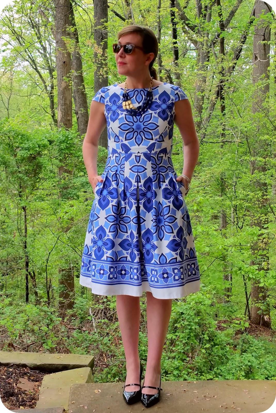 Border blue and white dress
