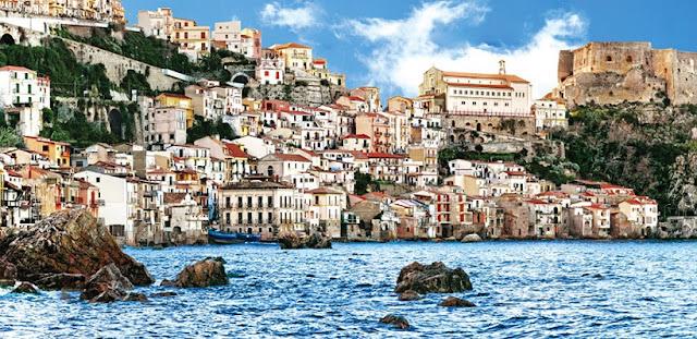 Pontos turísticos na região da Calábria