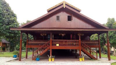Rumah Pewaris, Rumah Adat Sulawesi Utara