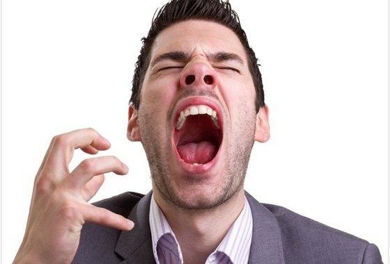 Peligro al evitar estornudar