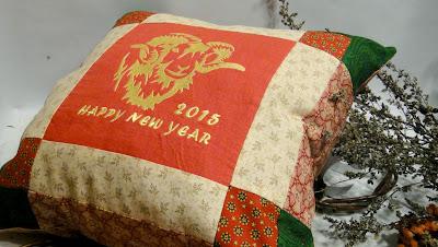 Подарок на новый год Овцы - красивая подушка Барашек - символ года, подарок мужчине