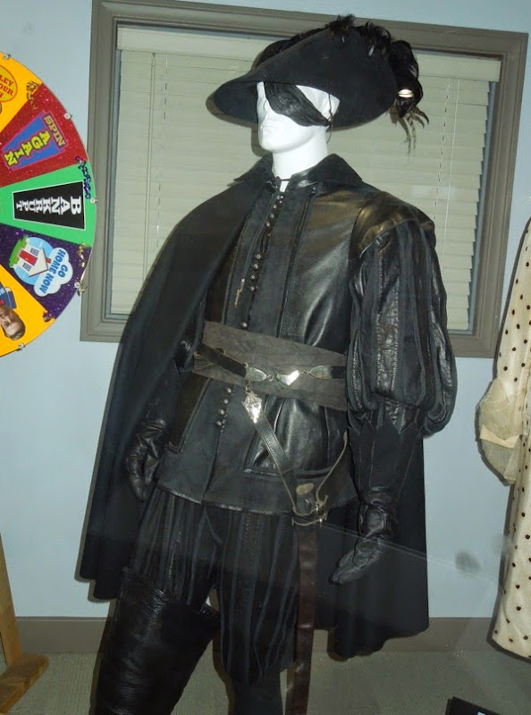 Febre the Man in Black movie costume Musketeer