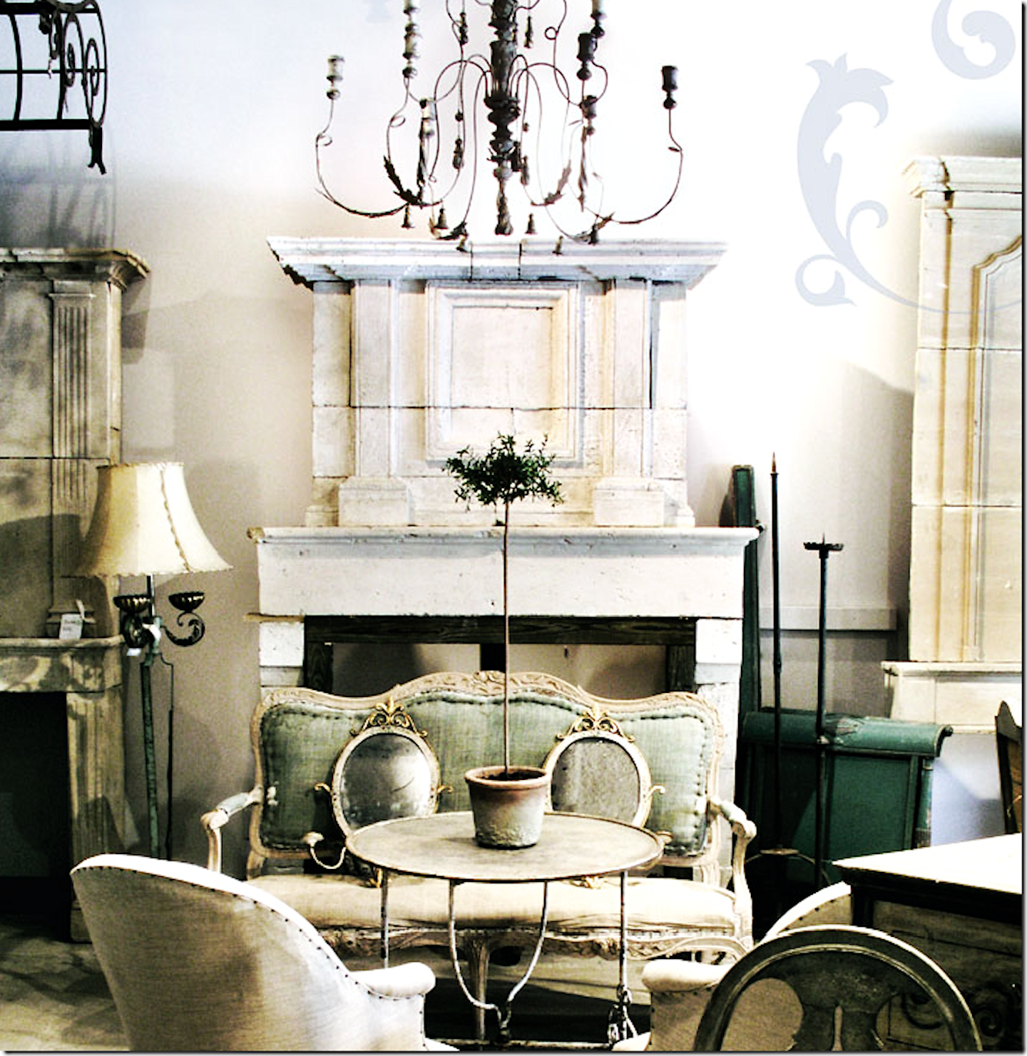 Vintage Home Decorations: Simple Everyday Glamour: Monday Inspiration