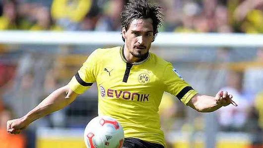 Manchester United Chase Hummels: Tuesday's Transfer Rumours and Gossip