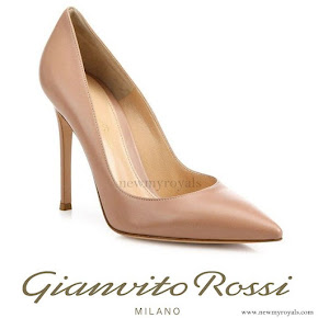 Crown Princess Victoria Gianvito Rossi Gianvito Leather Point Toe Pumps