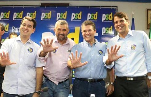 http://www.blogdofelipeandrade.com.br/2016/03/filiacao-do-vereador-eduardo-batista-no.html