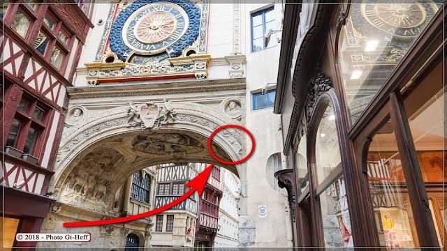 L'Ange à l'Envers se trouve dans la partie de l'image cerclée de rouge