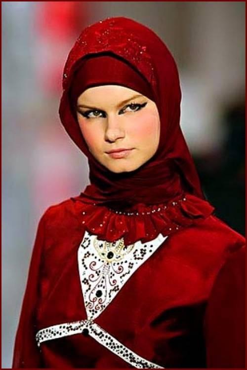 latest 2013 hijabs  u0026 abayas