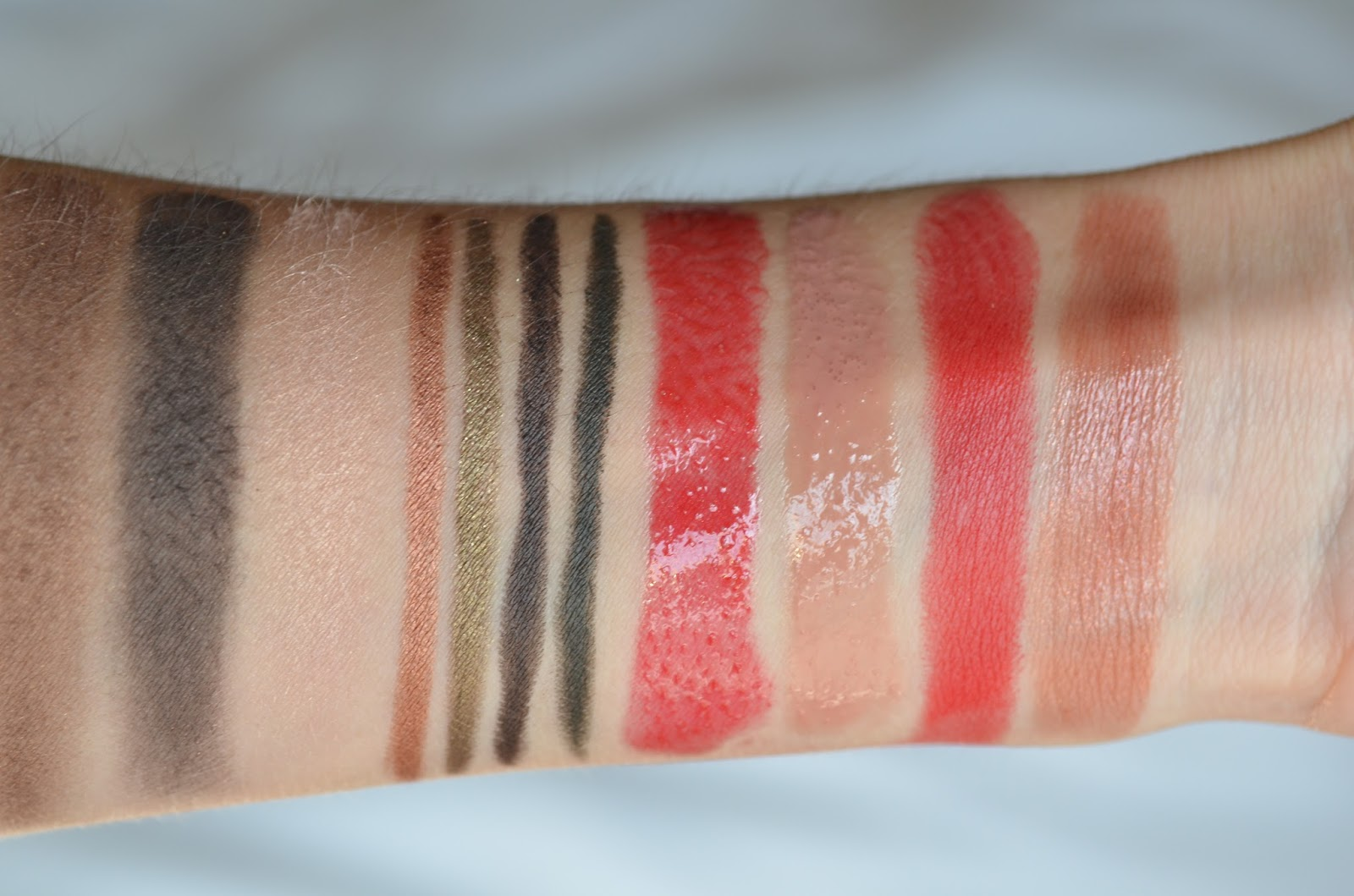 Chanel Fall 2015 Collection Swatches Amp Review Les