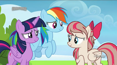 Twilight and Rainbow talking to Angel Wings