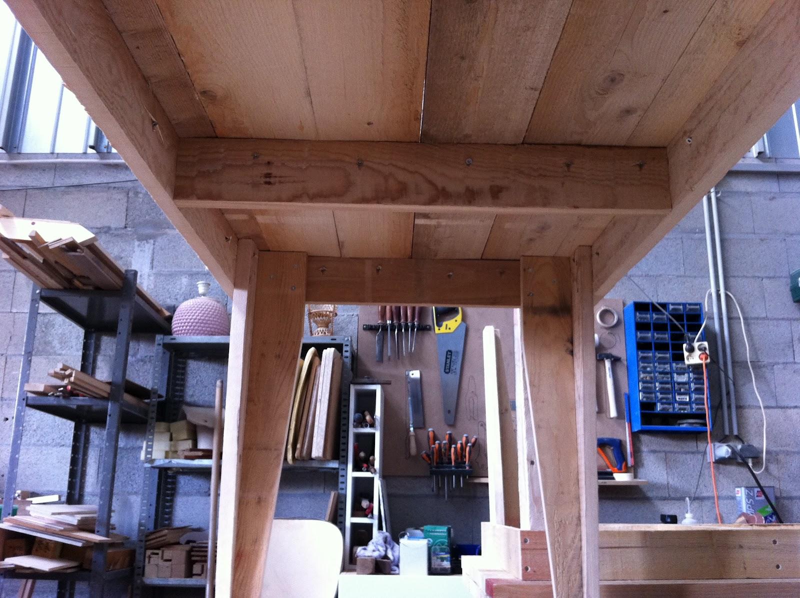 miel du rocher chantiers. Black Bedroom Furniture Sets. Home Design Ideas
