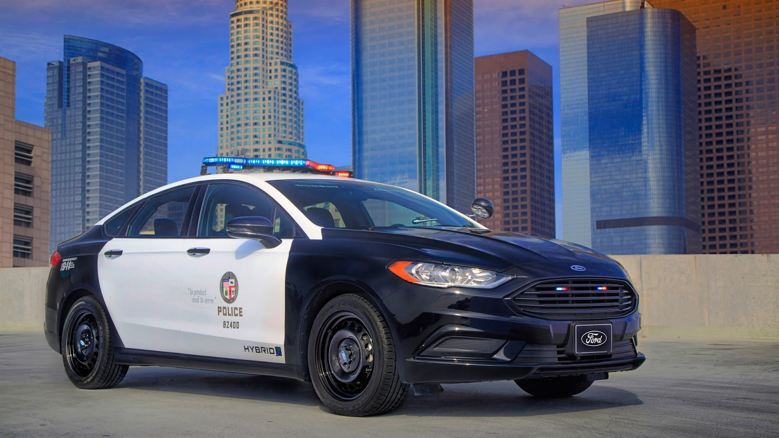 ford 39 s fusion hybrid is an industry first police responder. Black Bedroom Furniture Sets. Home Design Ideas
