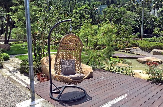 藤編貝殼吊椅