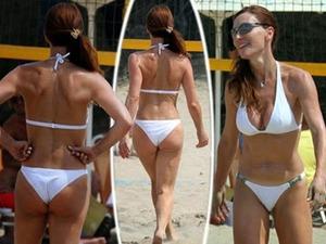 Βίκυ Χατζηβασιλείου, Sexy, μαγιό, beach volley 2