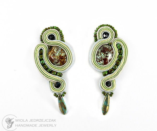 Handmade soutache jewelry, soutache earrings, green moss colours, picasso, tile, jasper