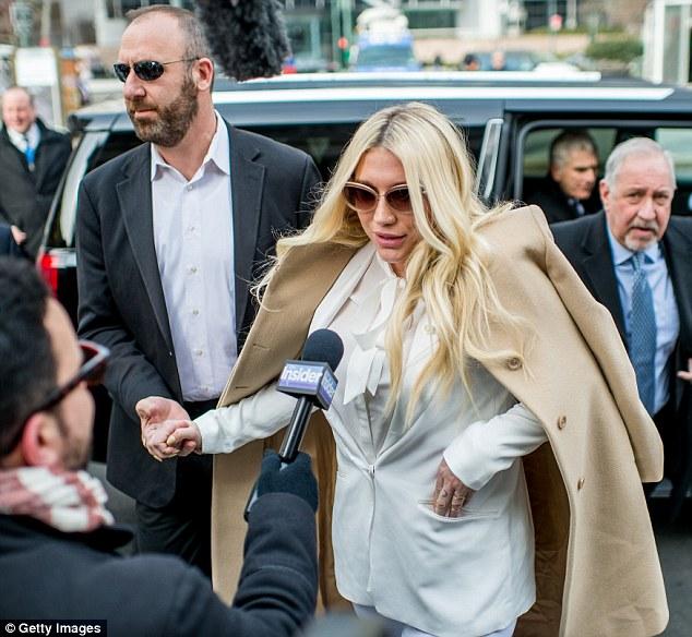 Kesha apela decisión de la corte en su caso contra Dr. Luke.