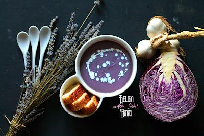KIRMIZI MOR LAHANA ÇORBASI TARİFİ sağlıklı çocuk kış çorbası nasıl yapılır kolay lezzetli nefis videolu çorba yemek tarifleri