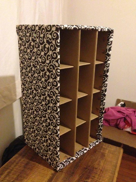 Muebles y organizadores hechos con cart n reciclado for Hacer muebles con carton