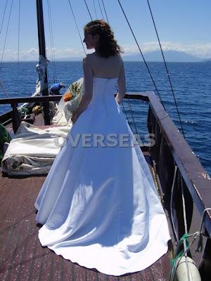 http://overseasfueradetusfronteras.blogspot.com.es/2015/04/Casarse-Viajando-Bodas-Originales-Extranjero.html