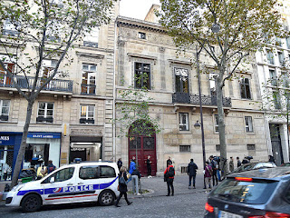 the hotel where kim and kanye were robbed